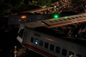 Deadly train derailment in Taiwan