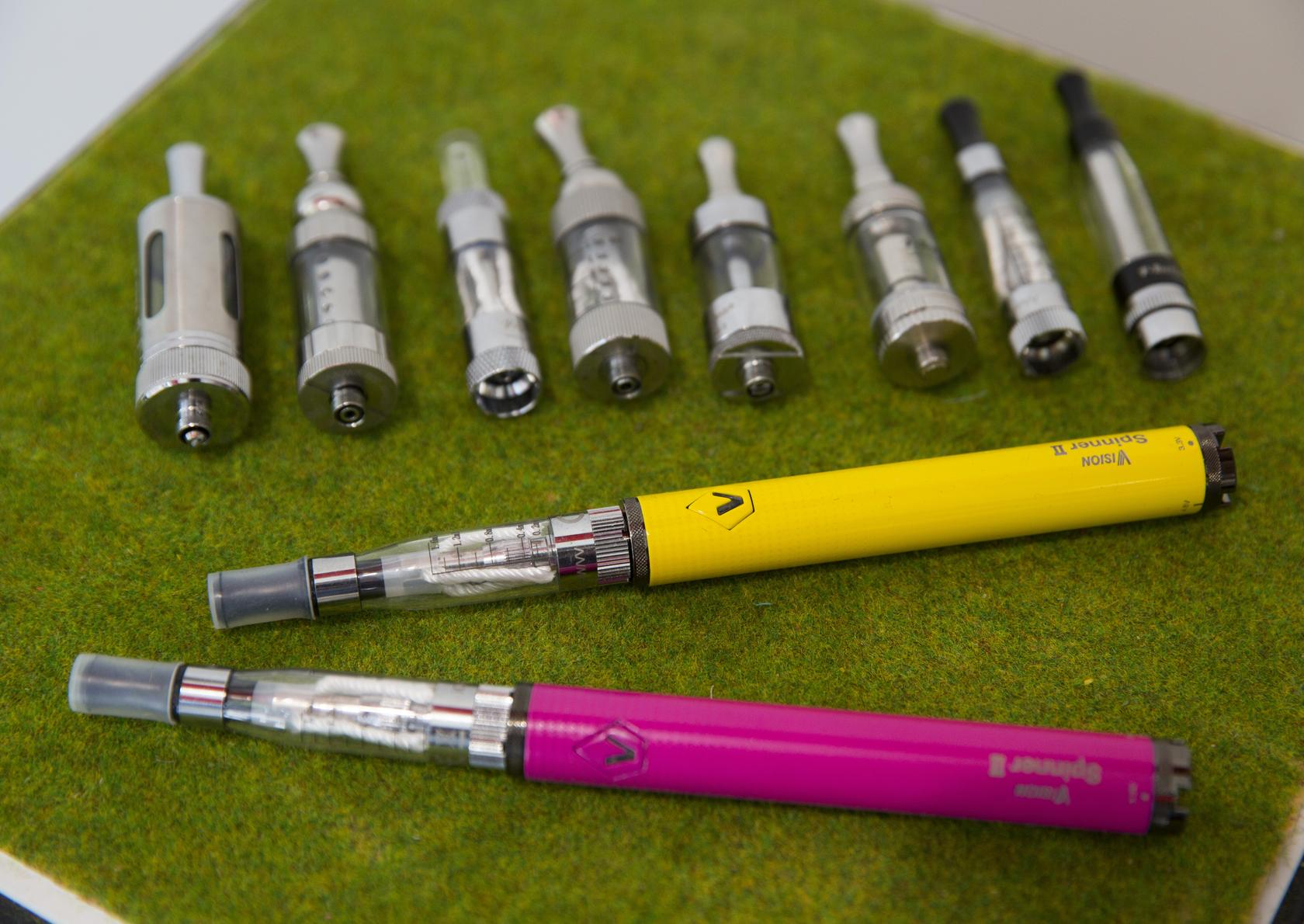 E-cigarette policy should consider environmental effects, expert