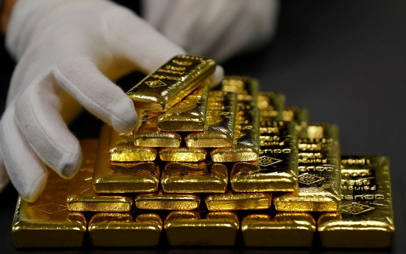 gold gains as investors weigh fallout of u s elections verdict