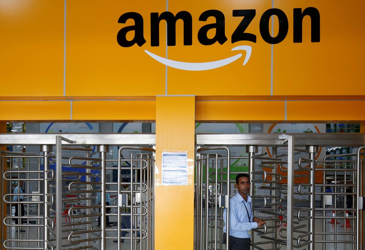 Flipkart and Amazon not Abusing Market Position in India: Competition Commission