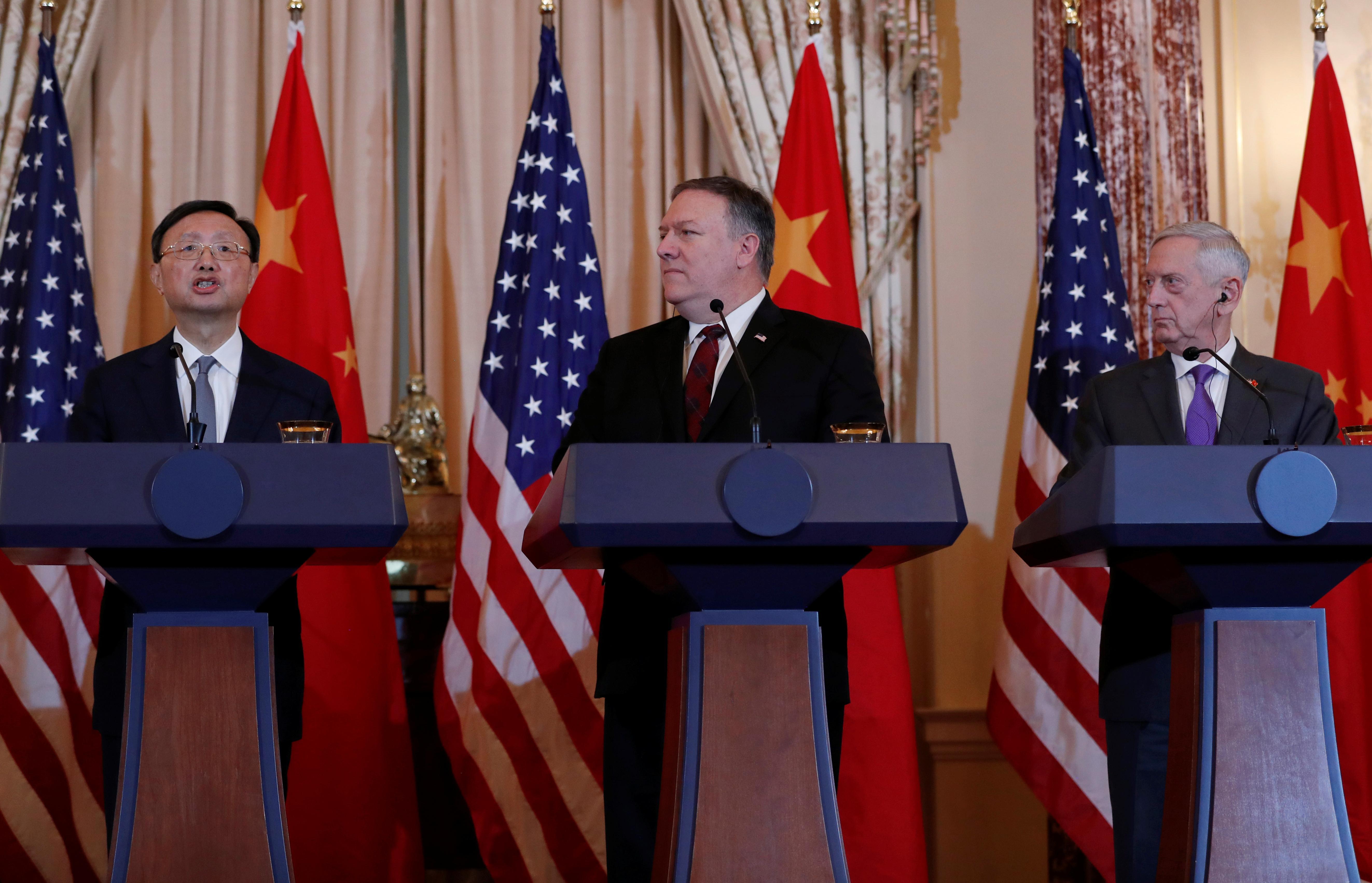 U.S. presses China to halt militarization of South China Sea