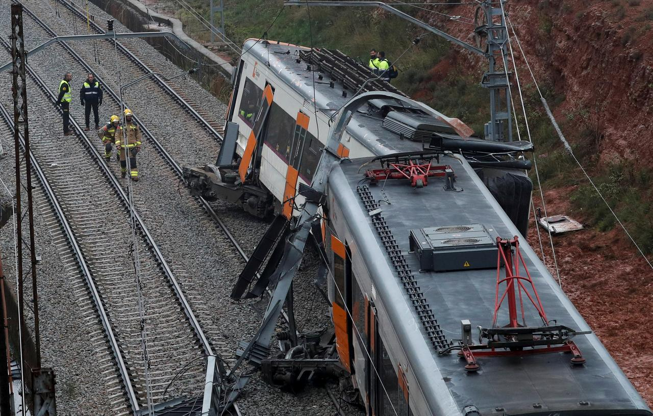 Train derails in north Spain, killing one, 44 hurt - Reuters