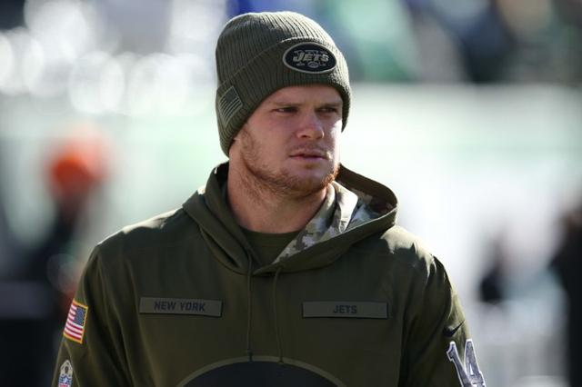 NFL notebook: Packers TE Graham aims to play with broken