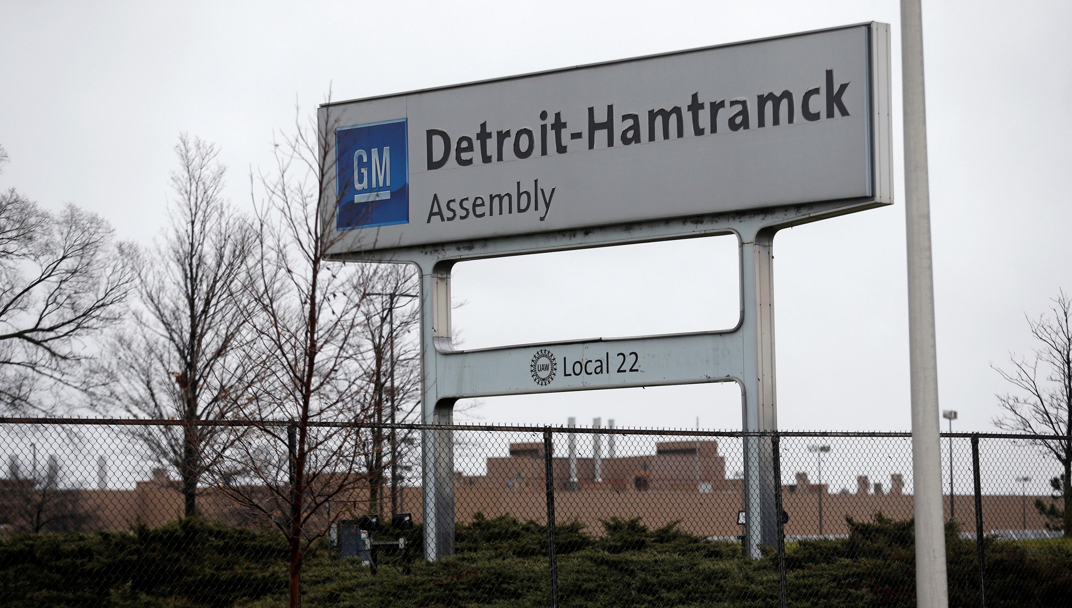 Thousands moved out for a new GM factory; now it's closing