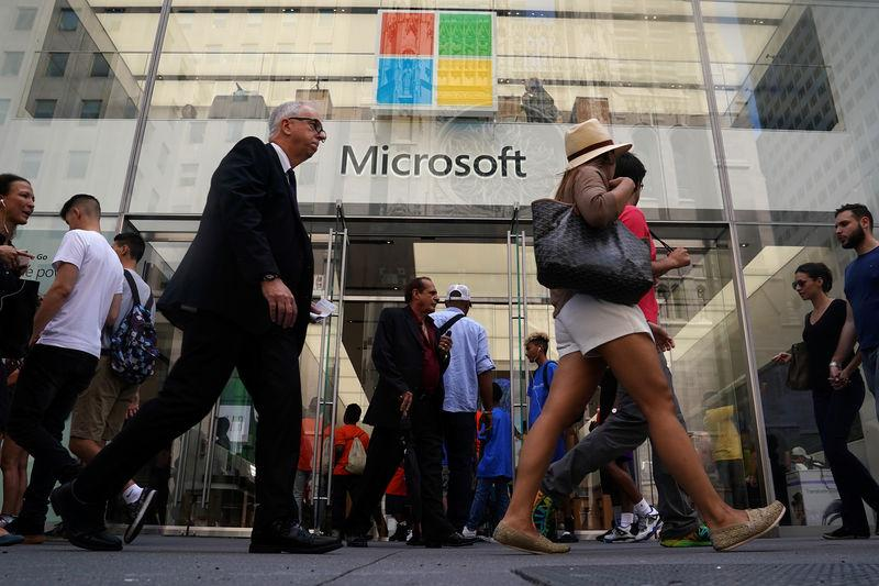 Microsoft's stock market value pulls ahead of Apple's