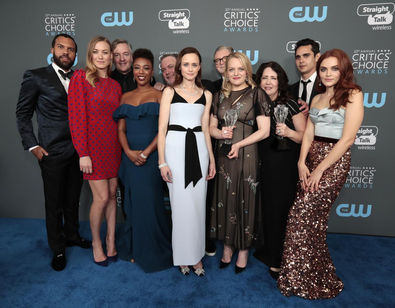 Golden Globes snub 'Handmaid's Tale,' 'Atlanta' in TV series races