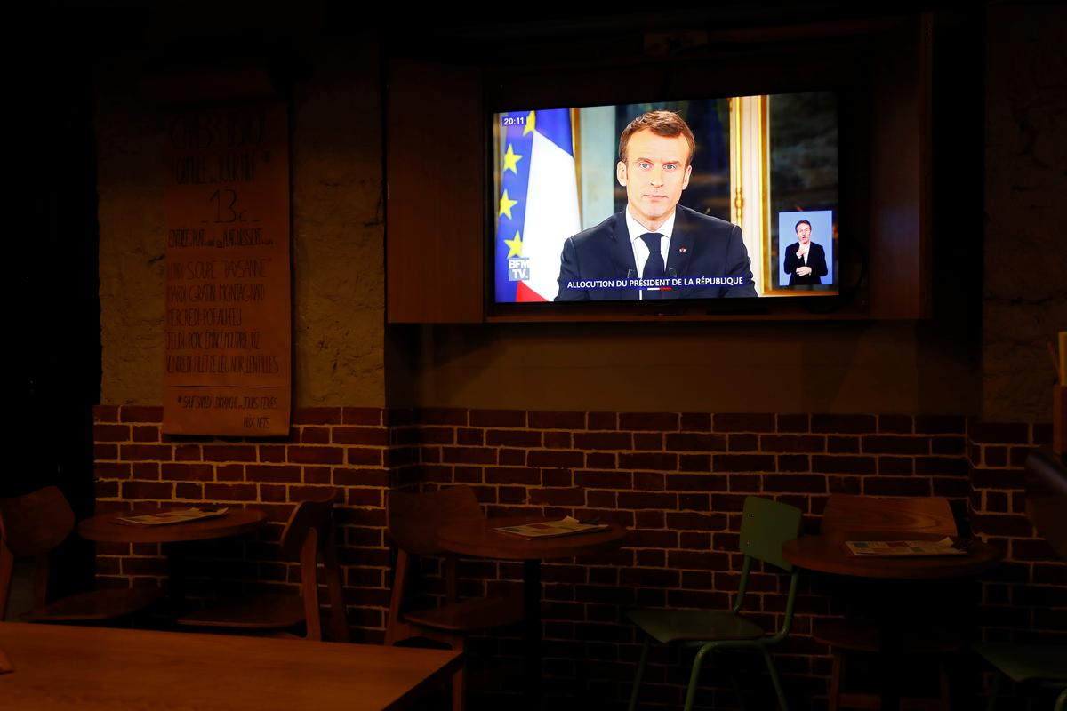 Macron concessions to cost between 8-10 billion euros - minister
