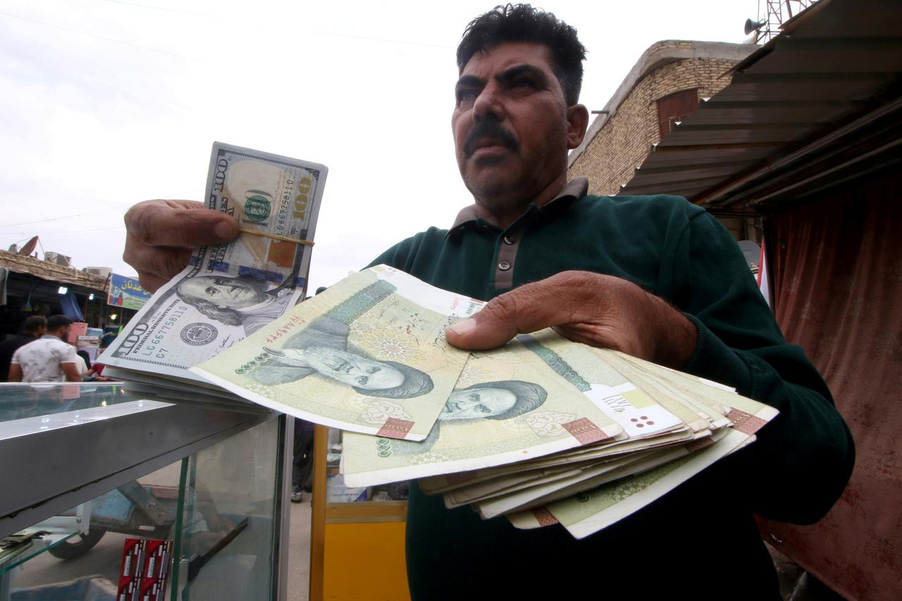 Iran Engineers Rial Recovery As It Defies U S Sanctions
