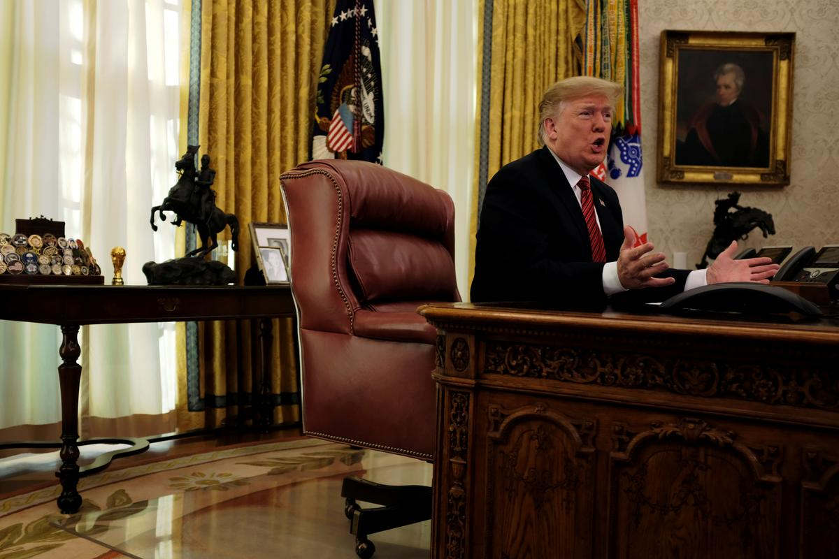 More Americans blame Trump for government shutdown: Reuters/Ipsos poll