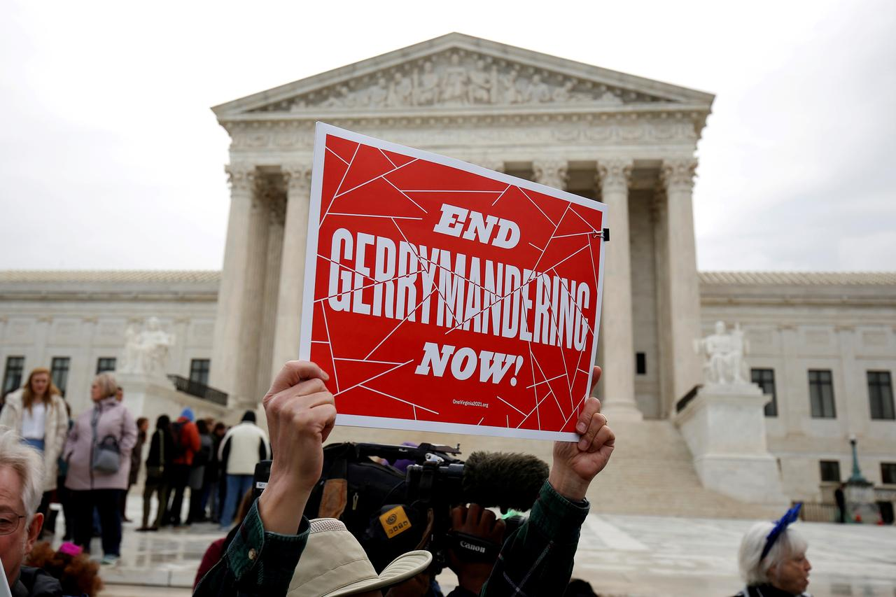Us Top Court Takes Up Politically Charged Electoral Map Disputes - Us-supreme-court-map