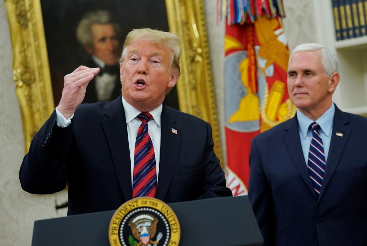 Trump proposes wall-for-DACA in bid to end shutdown