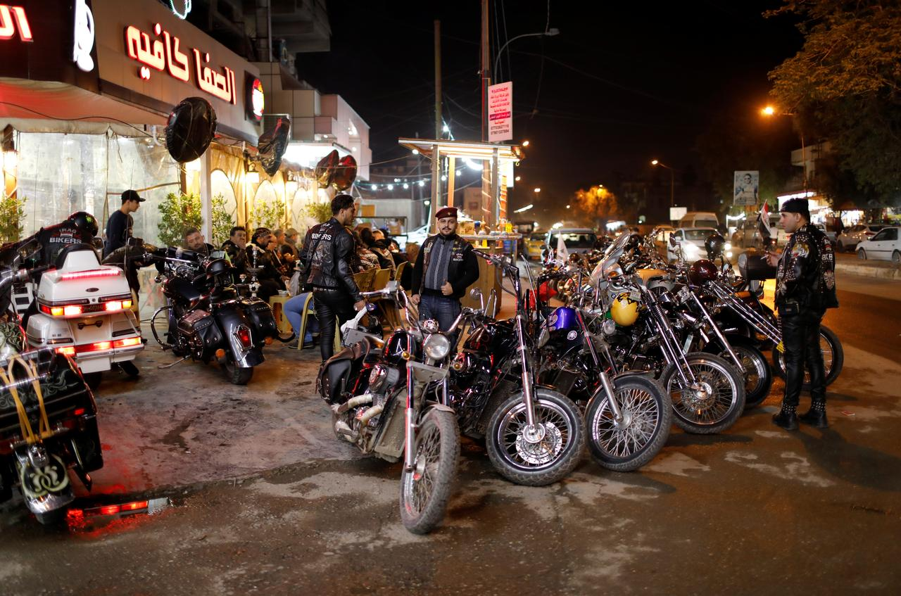 No politics please for Baghdad bikers aiming to unite Iraq