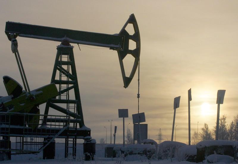 Russia says oil price war with U.S. would be too costly