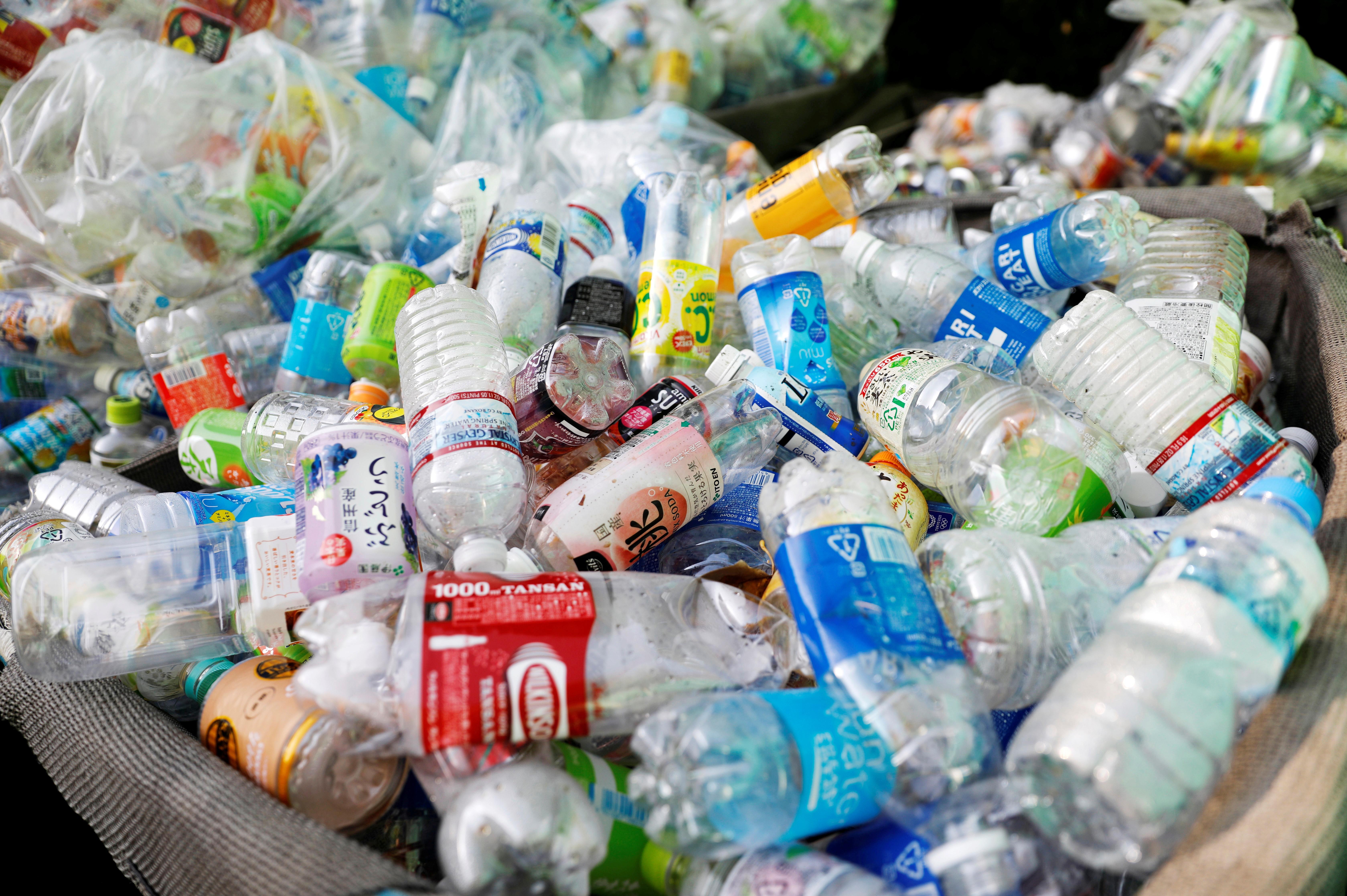 Big brands revisit the milkman model to cut plastic