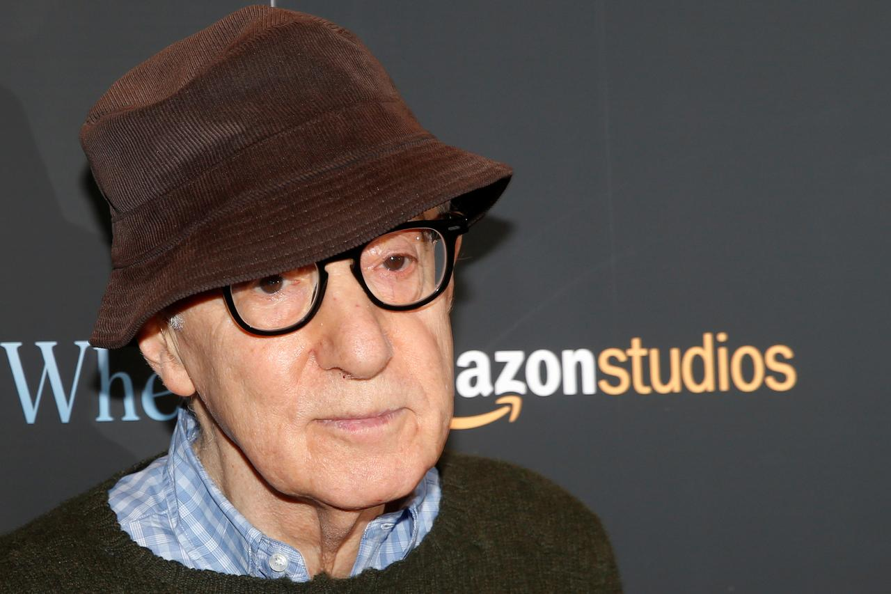 Woody Allen sues Amazon Studios for quitting movie deal - Reuters