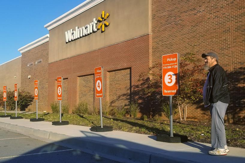 Why Walmart farms out same-day grocery deliveries to low
