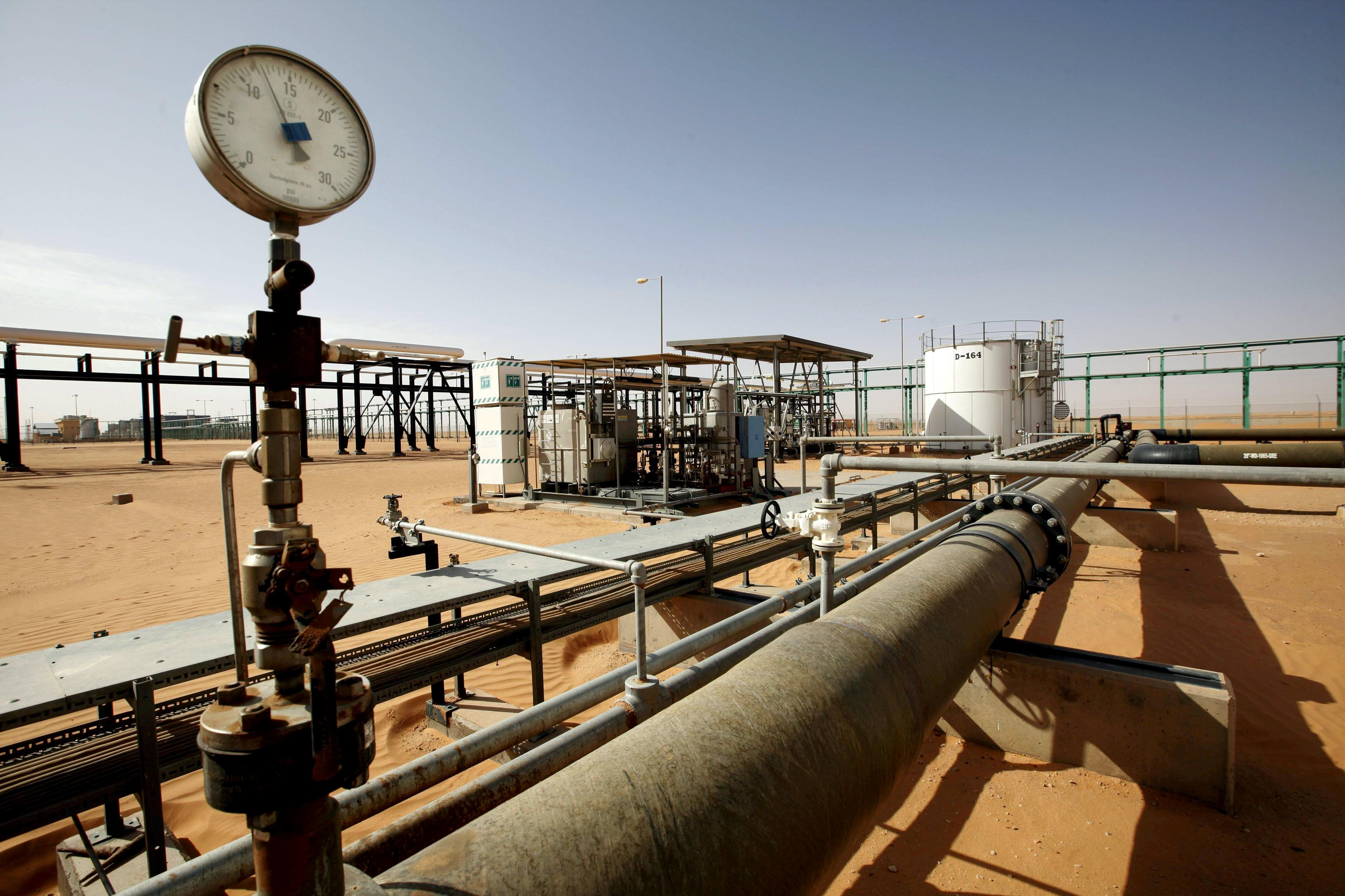 Eastern Libyan forces hand El Sharara oilfield to oil guards
