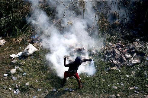 Fresh clashes on Venezuela's borders