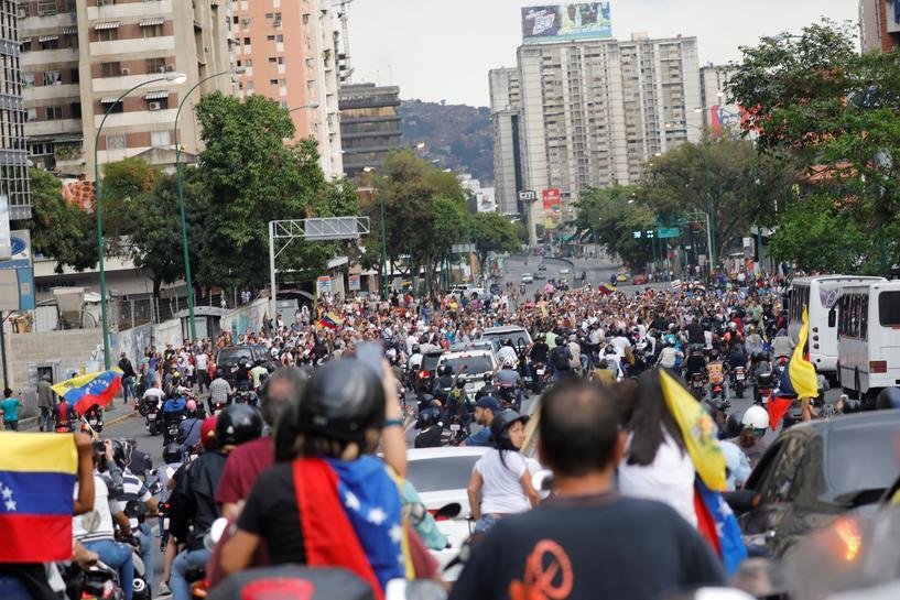 reuters.com - Reuters Editorial - China offers help to Venezuela to restore power