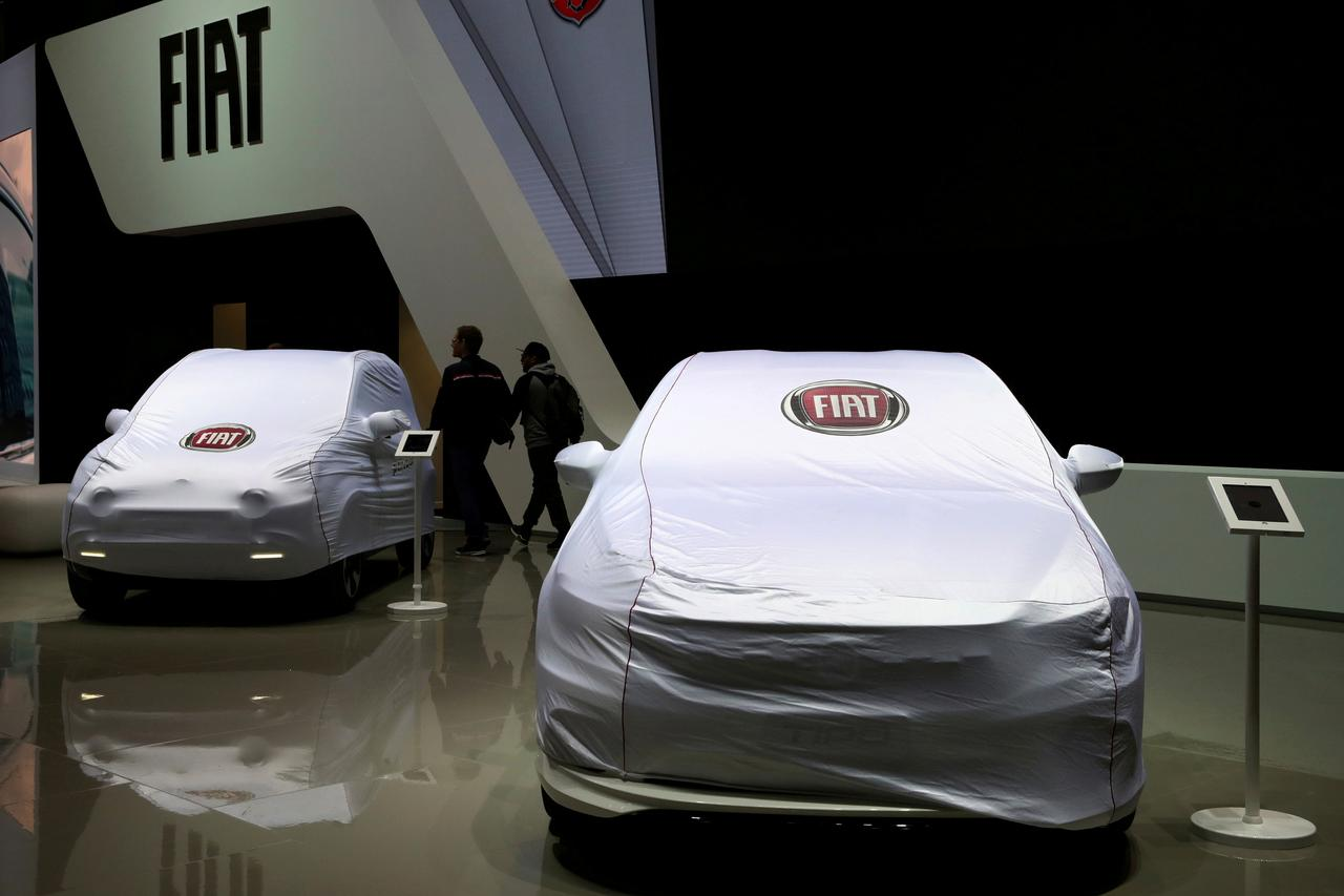 Fiat Chrysler revs up as Peugeot points to merger potential