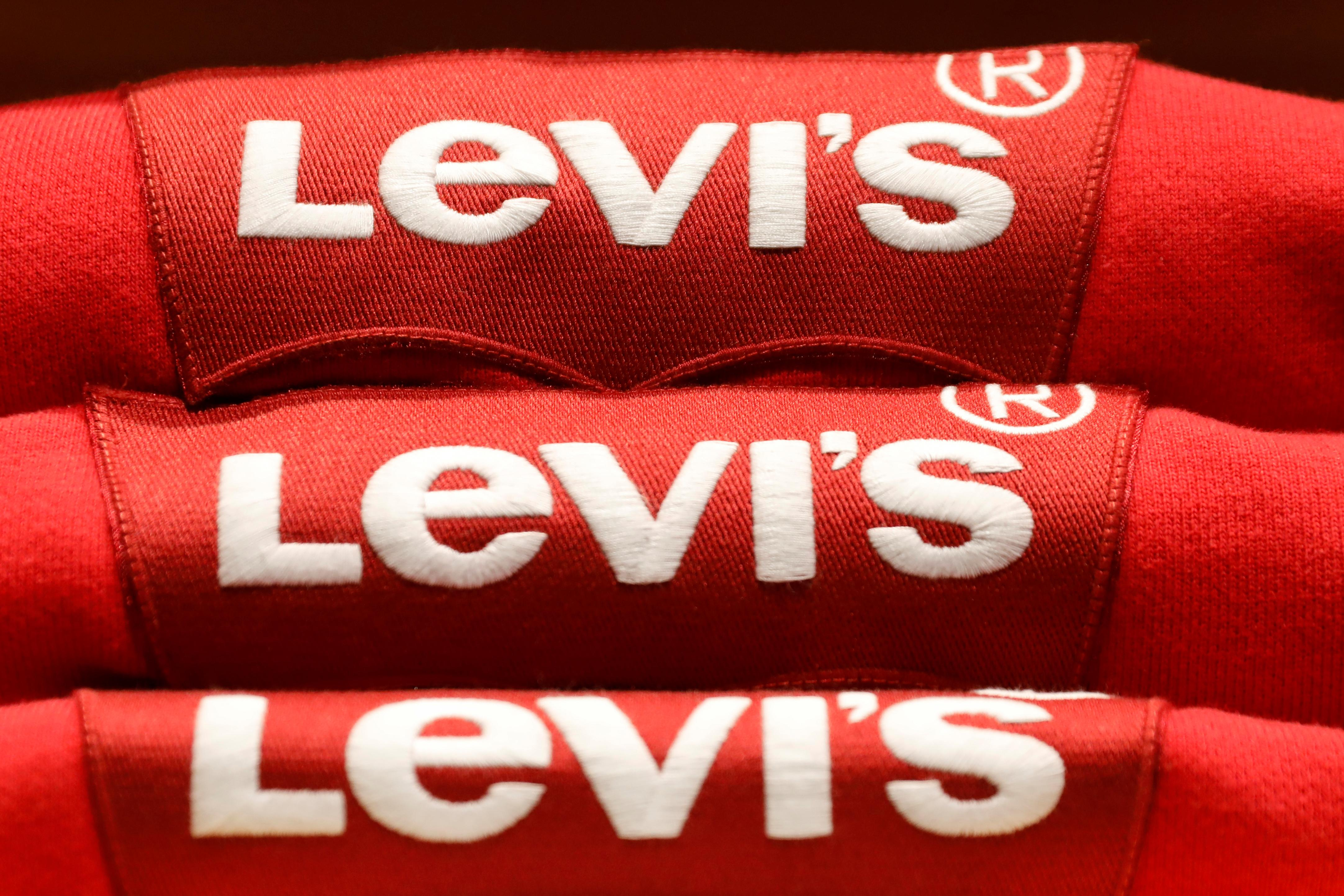 a055cafe71b Levi Strauss valued at  6.6 billion as IPO prices above target - Reuters