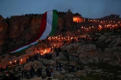 Kurds celebrate Nowruz with torchlit procession