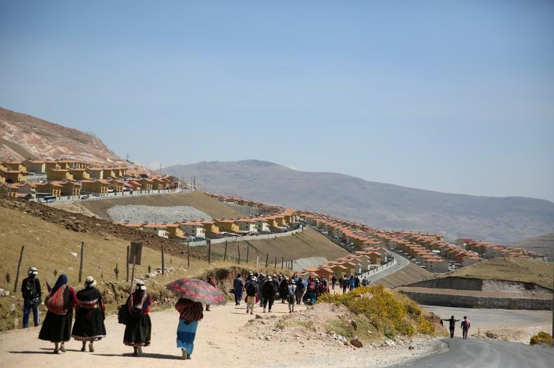China's MMG to declare force majeure on copper from Peru mine as blockade continues