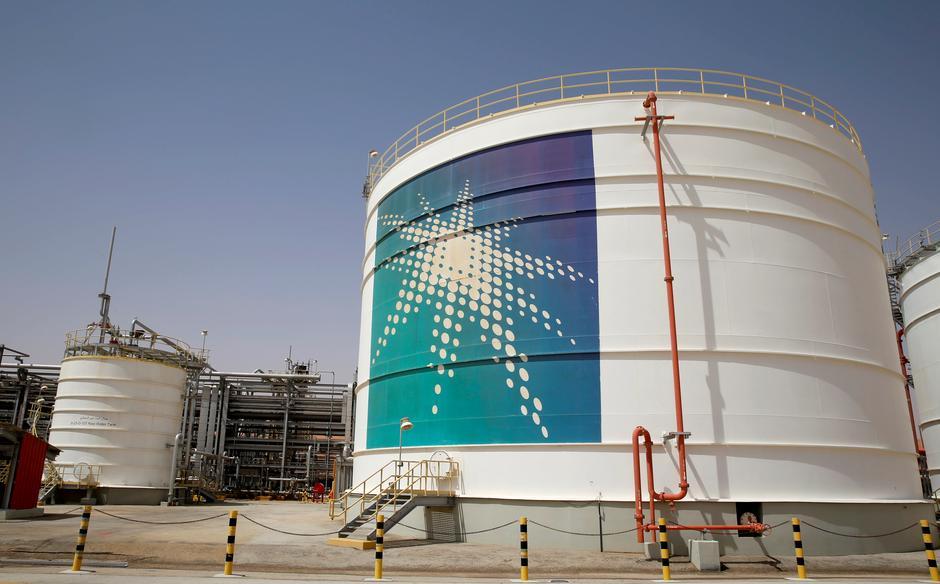 Aramco's $10 billion-plus bond plan shows profits put top
