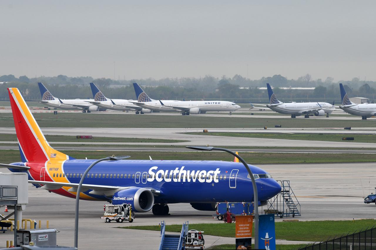 Southwest extends Boeing 737 MAX pull out by a week - Reuters