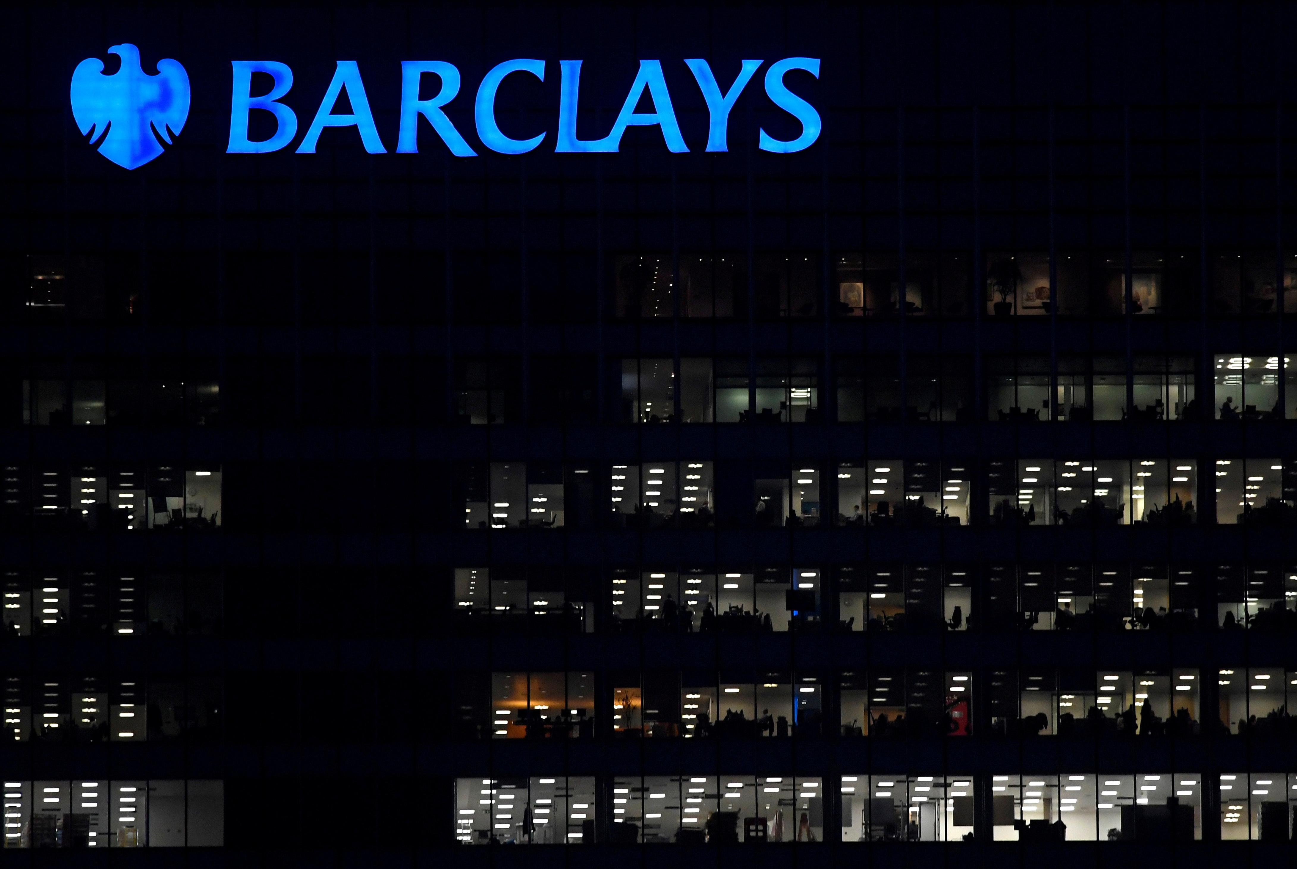 Barclays to restructure 450 jobs, employee union sees heavy layoffs