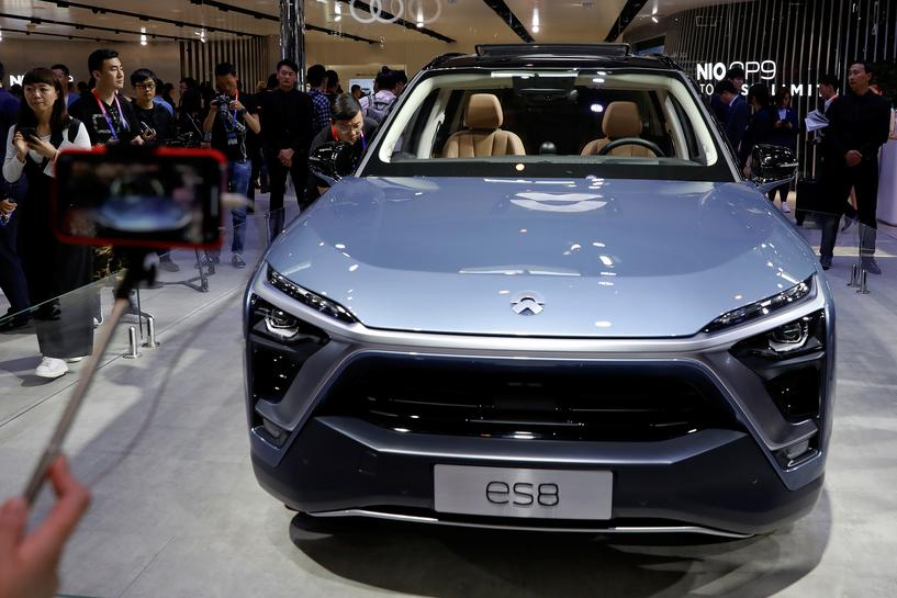 reuters.com - Norihiko Shirouzu, Paul Lienert and Nick Carey - The uphill road: battery limitations to test China's electric vehicle ambitions