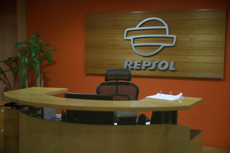 Exclusive: Spain's Repsol suspended swap deal for Venezuelan oil...