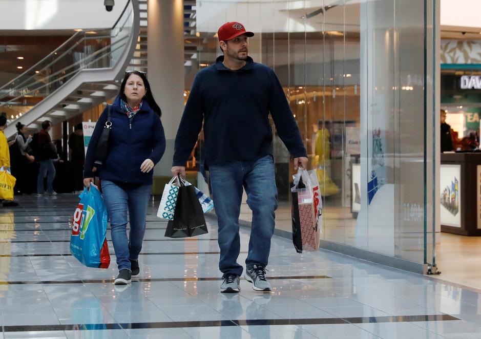 U S  retail sales, labor market data paint upbeat economic picture