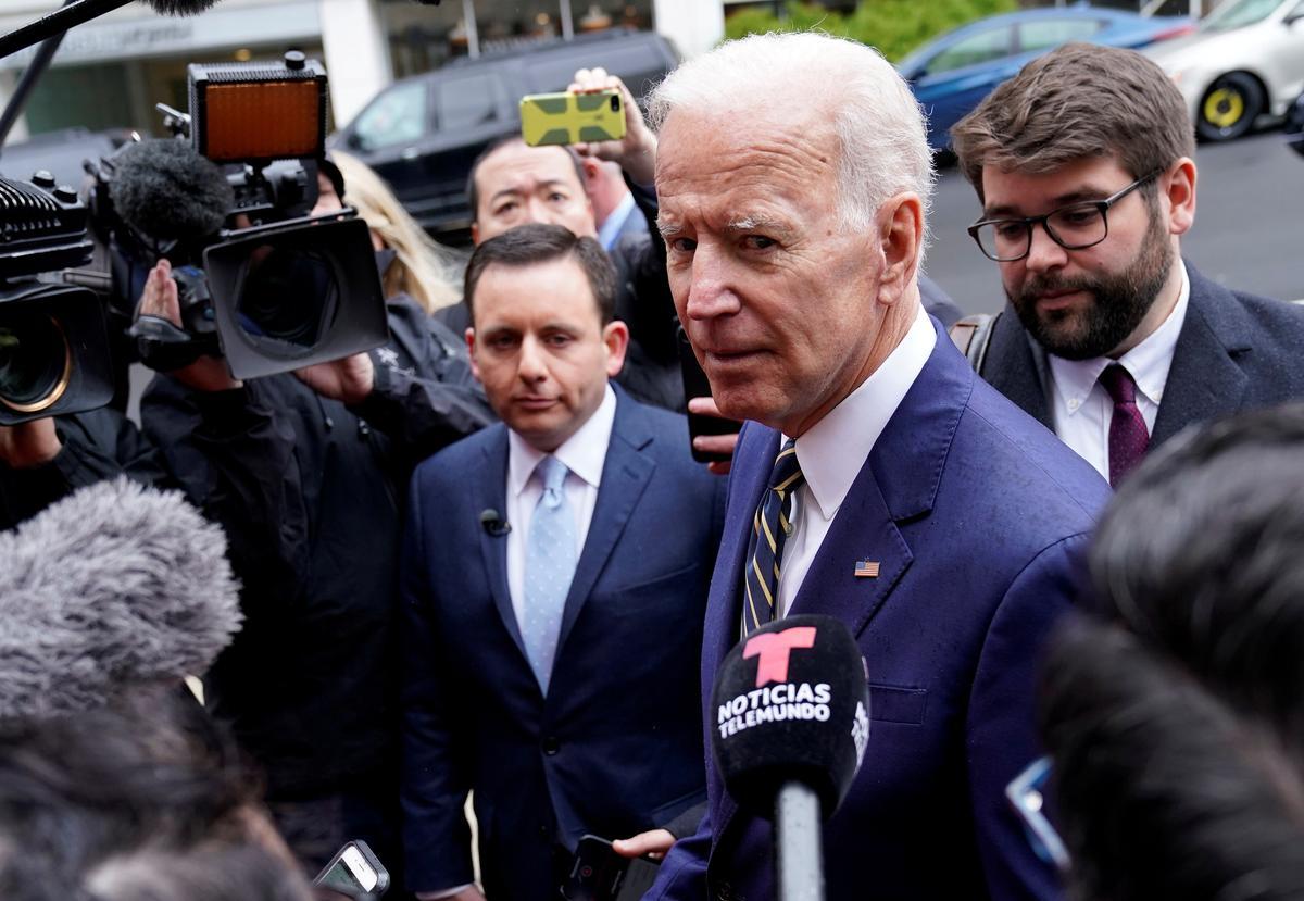 Minorities, older adults boost Biden atop 2020 Democratic field: Reuters/Ipsos poll