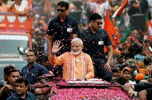 Modi's roadshow in Varanasi