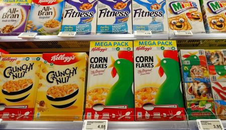 Kellogg CFO steps down, earnings slide on higher input costs