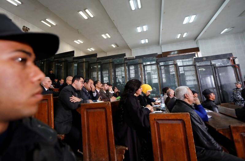 نظرة فاحصة- من يستهدف جماعة الإخوان المسلمين؟ - Reuters