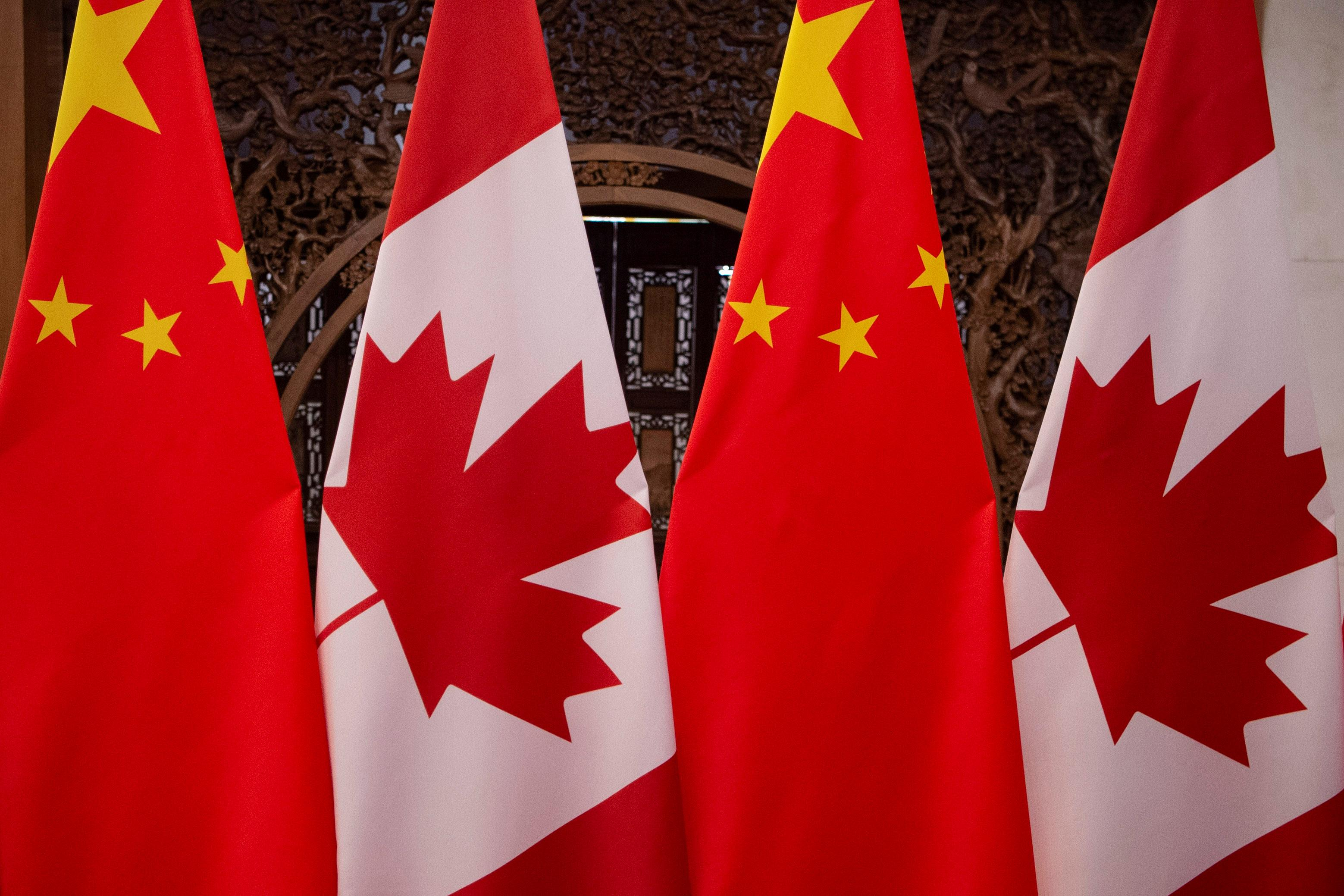 Fed up Canada tells U.S. to help with China crisis or forget about...