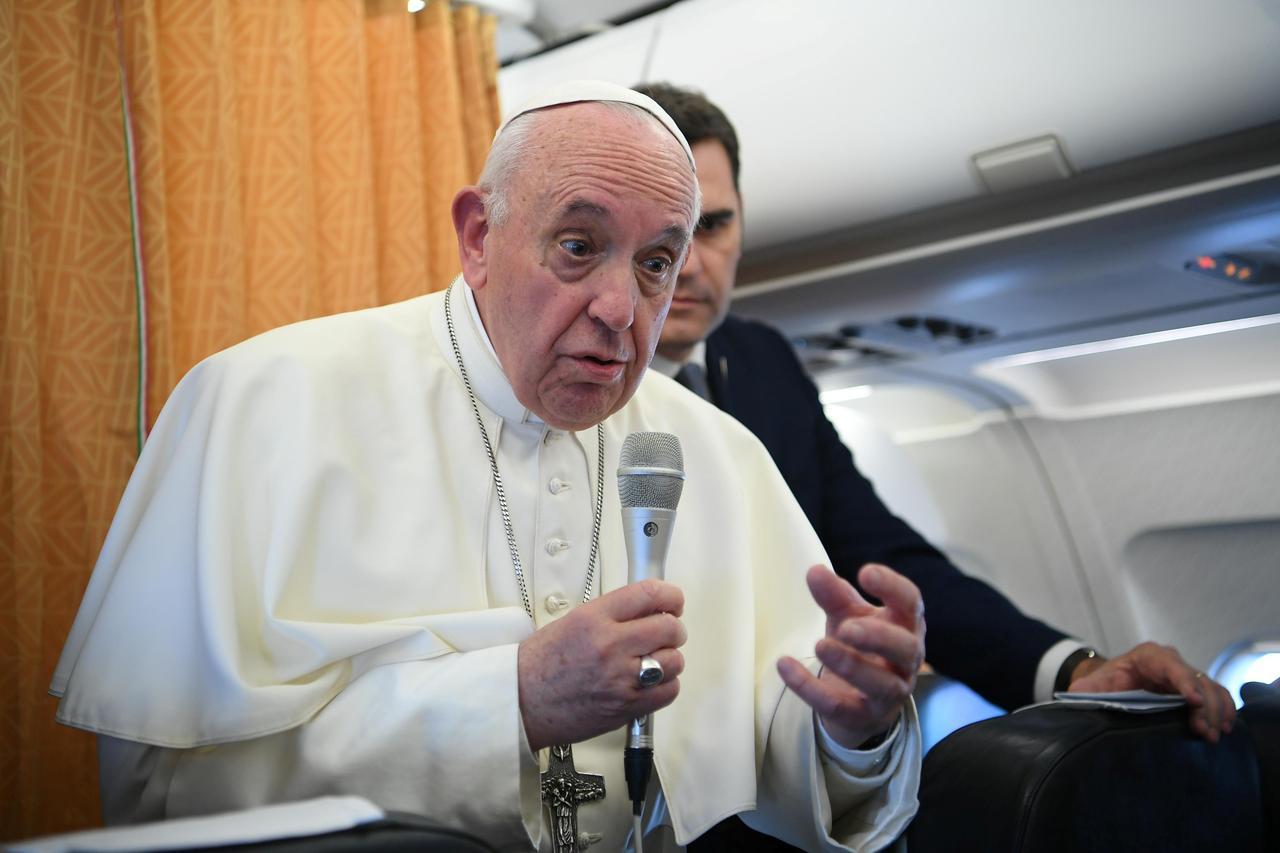 Pope says more study needed on role of women deacons in early Church