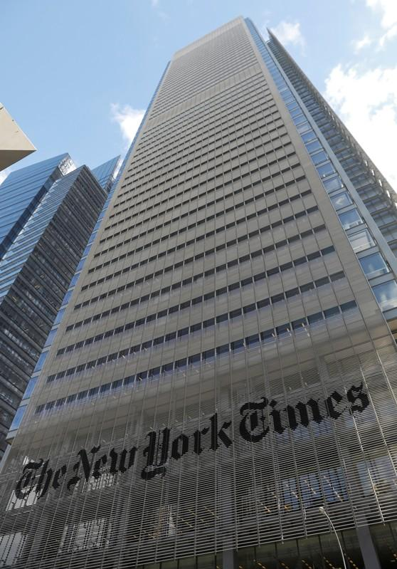New York Times signs up more online subscribers, shares rise