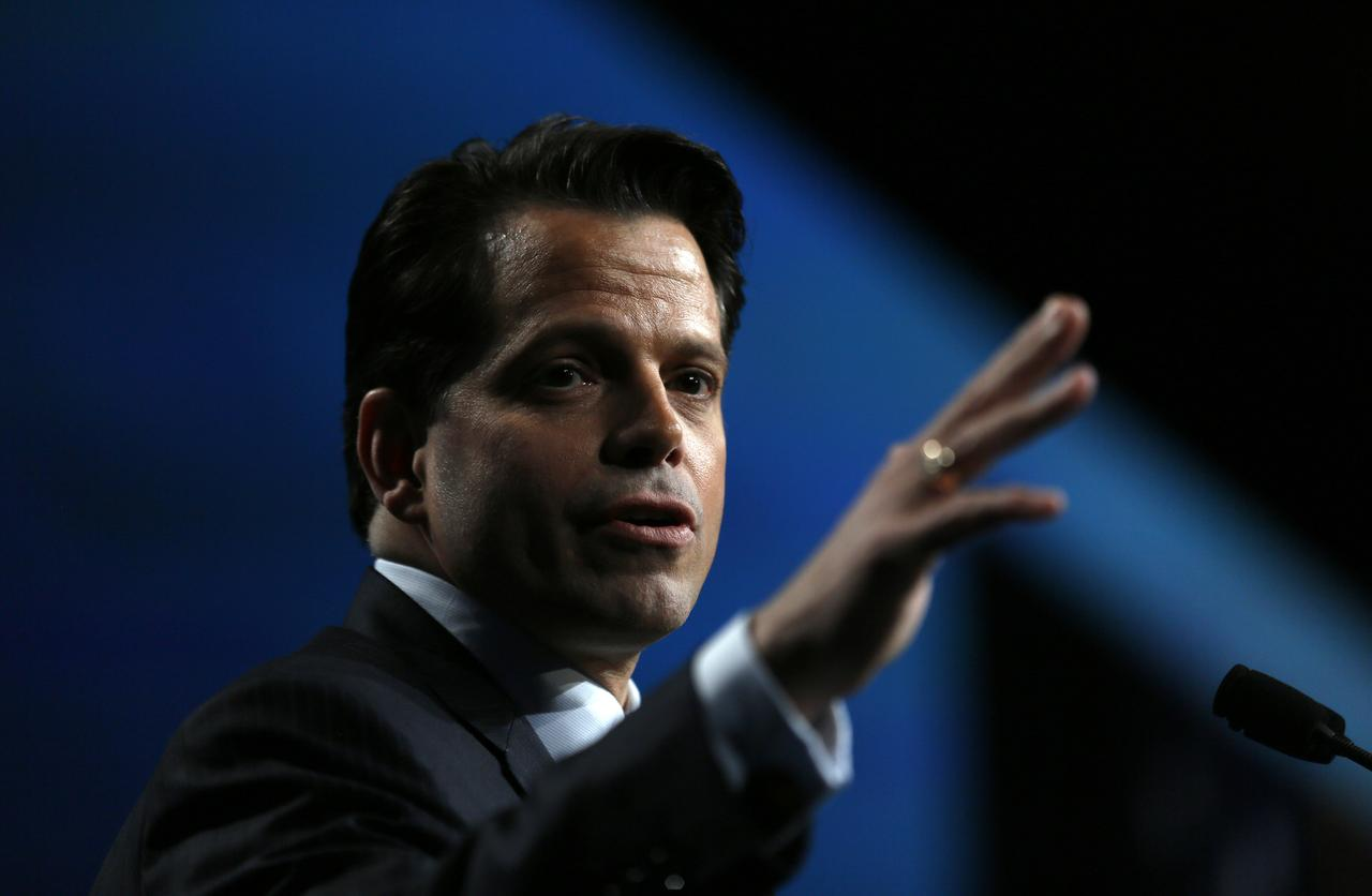 Scaramucci celebrates hedge funds in Vegas at SALT with less
