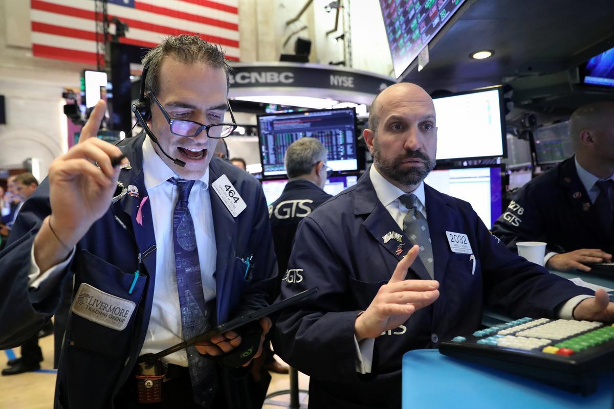 Stocks bounce back as trade rhetoric cools
