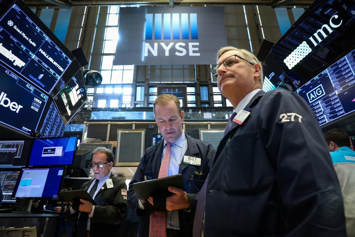 Global stocks rise after strong earnings, deal news; data lifts U.S. yields