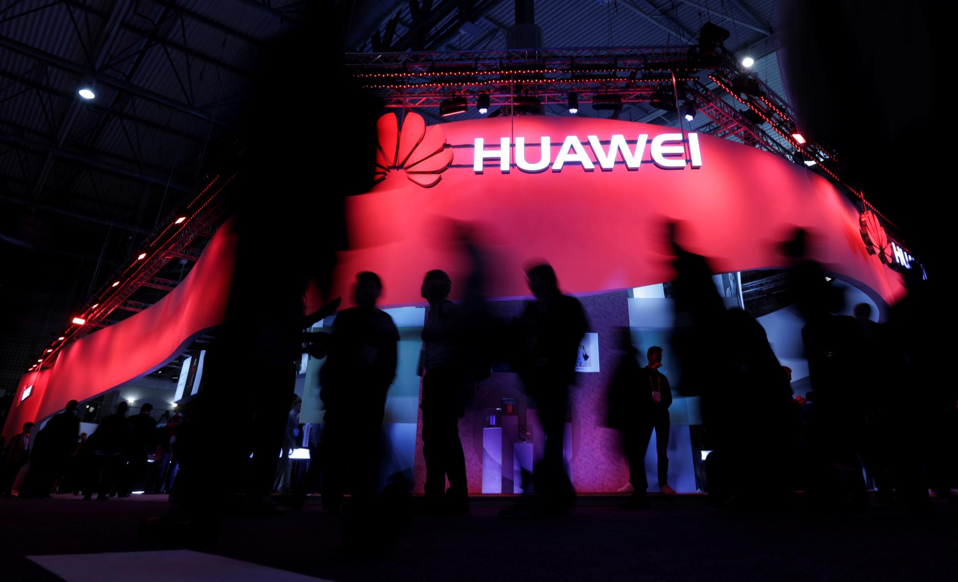Google revokes Huawei's Android license