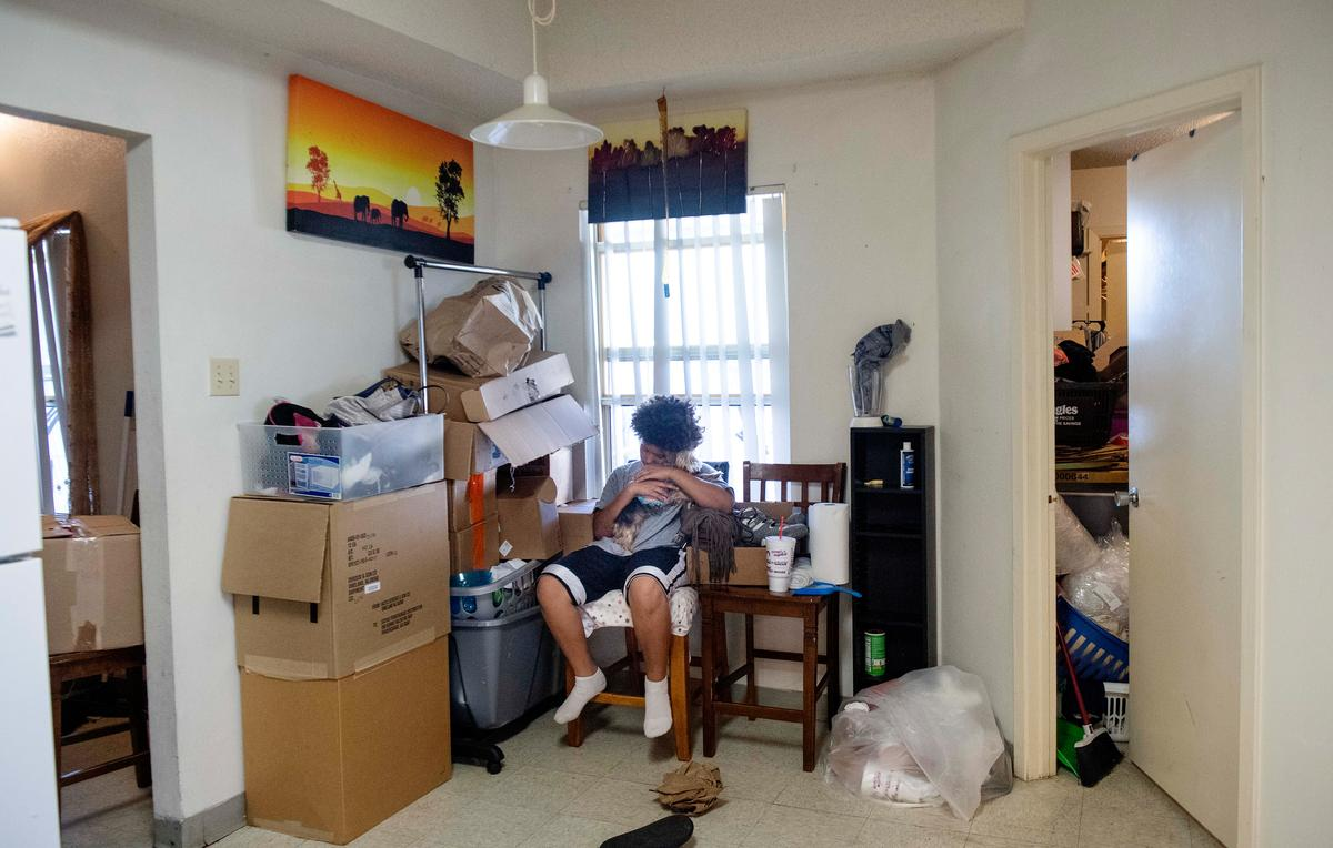 U.S. military families more negative about housing than landlords claim, survey shows