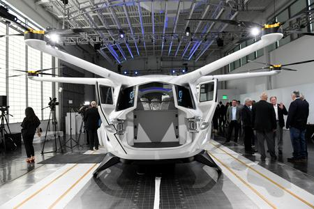 Hydrogen-powered flying vehicle touted as Southern California traffic tonic