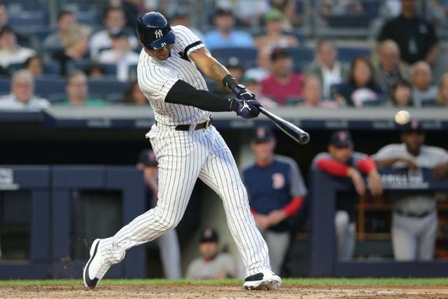Mlb Roundup Cards Edge Cubs In 10 Reuters
