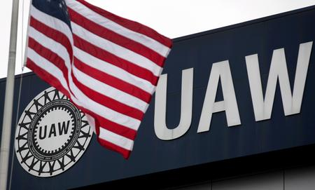 In VW Chattanooga vote, UAW seeks elusive U.S. southern toehold