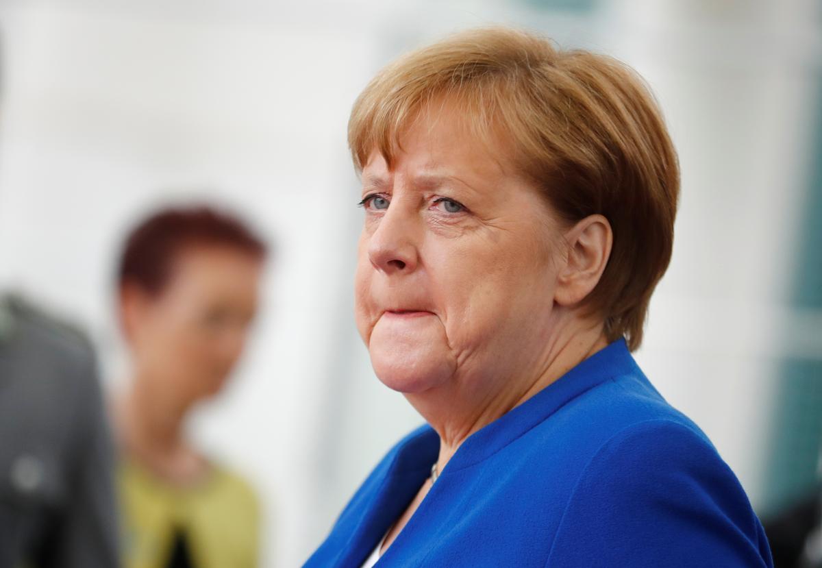 German town backs Merkel's CDU, rejects AfD in vote for mayor