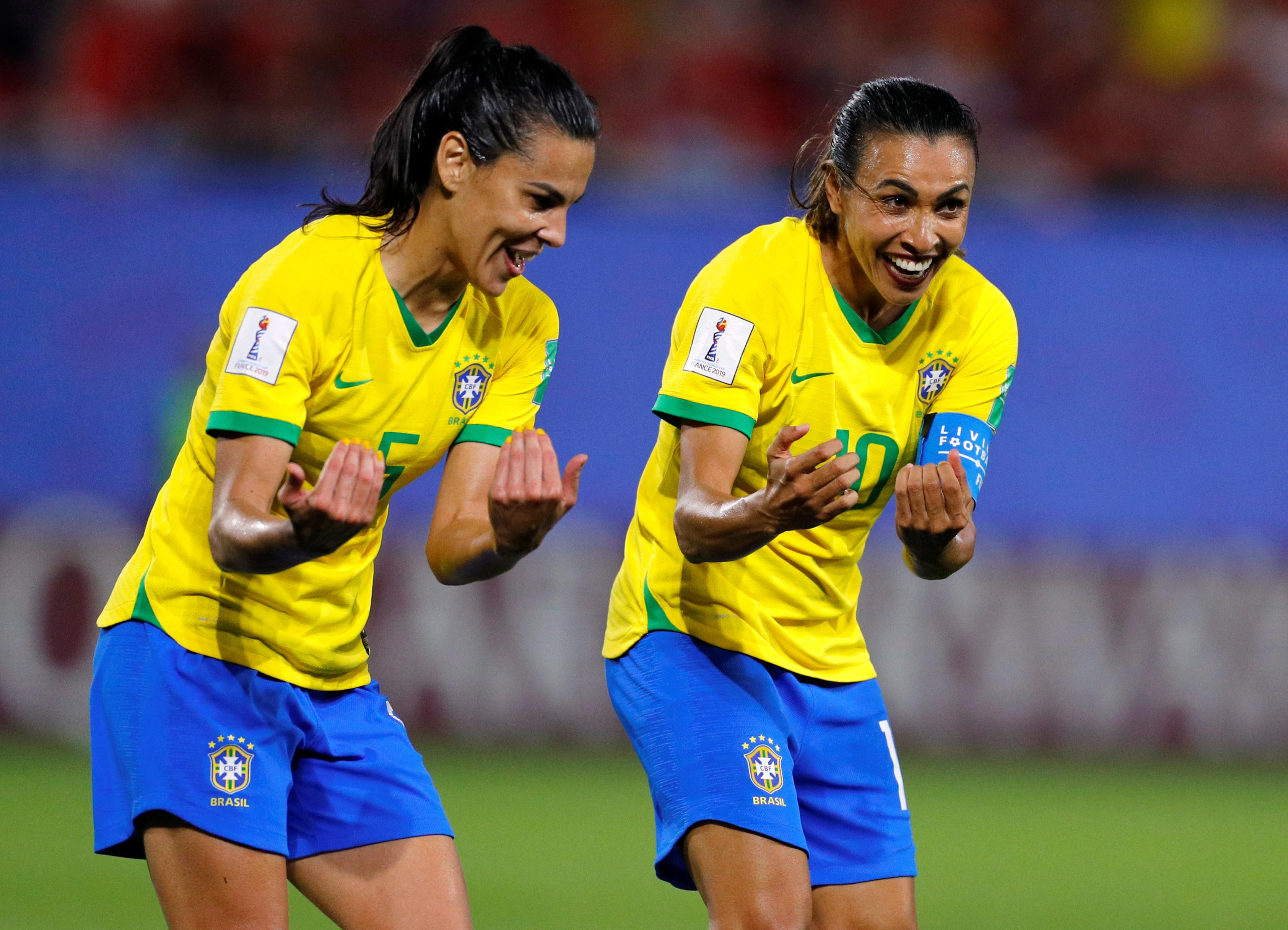 Marta on the spot as Brazil through with 1-0 win against Italy